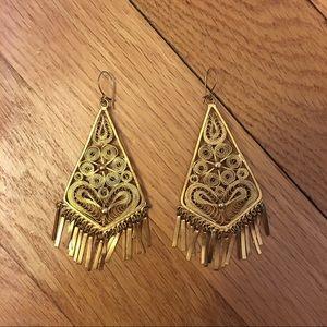 Jewelry - ⭐️Vintage 70s Earrings⭐️
